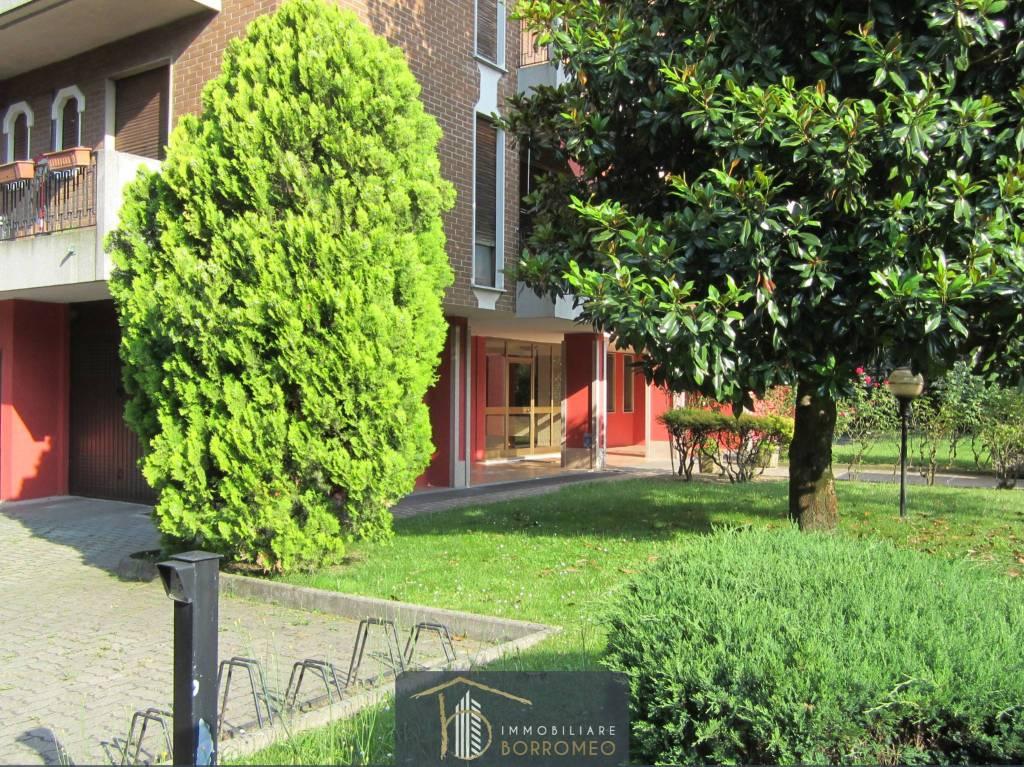 Appartamento in vendita a Desio, 4 locali, prezzo € 190.000 | CambioCasa.it