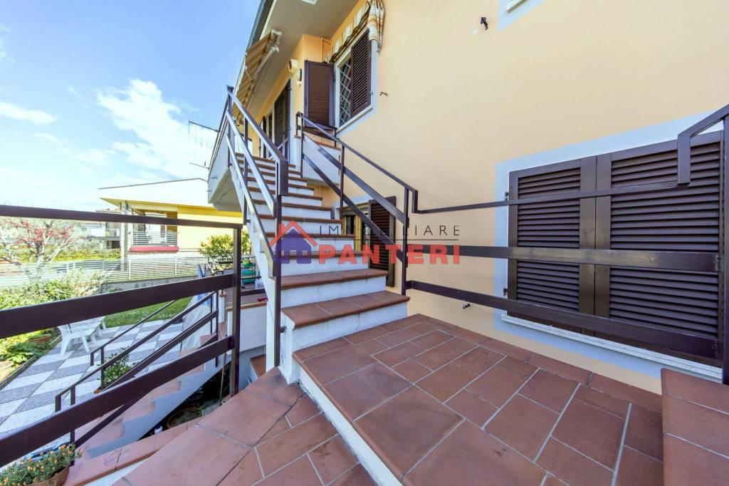 Appartamento in vendita a Chiesina Uzzanese, 3 locali, prezzo € 129.000 | PortaleAgenzieImmobiliari.it