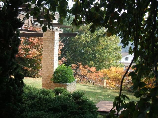 Villa in vendita a Bernezzo, 6 locali, Trattative riservate | CambioCasa.it
