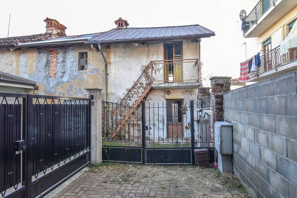Rustico / Casale in vendita a Villafranca Piemonte, 3 locali, prezzo € 29.000 | CambioCasa.it