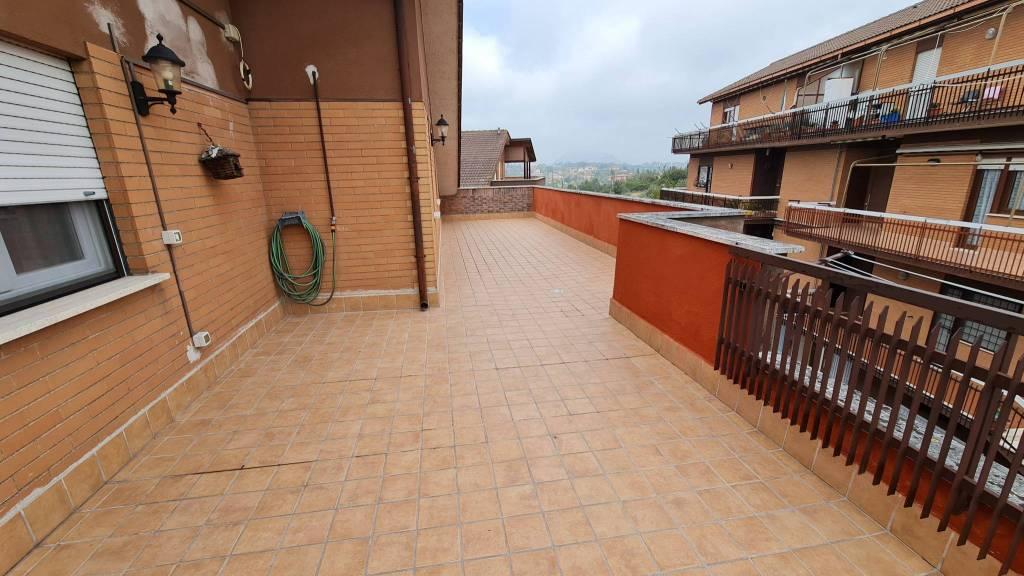 Appartamento in vendita a Civitella San Paolo, 3 locali, prezzo € 78.000 | CambioCasa.it