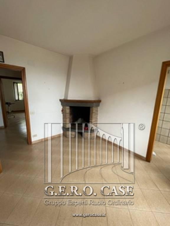Appartamento in affitto a Porano, 4 locali, prezzo € 400 | CambioCasa.it