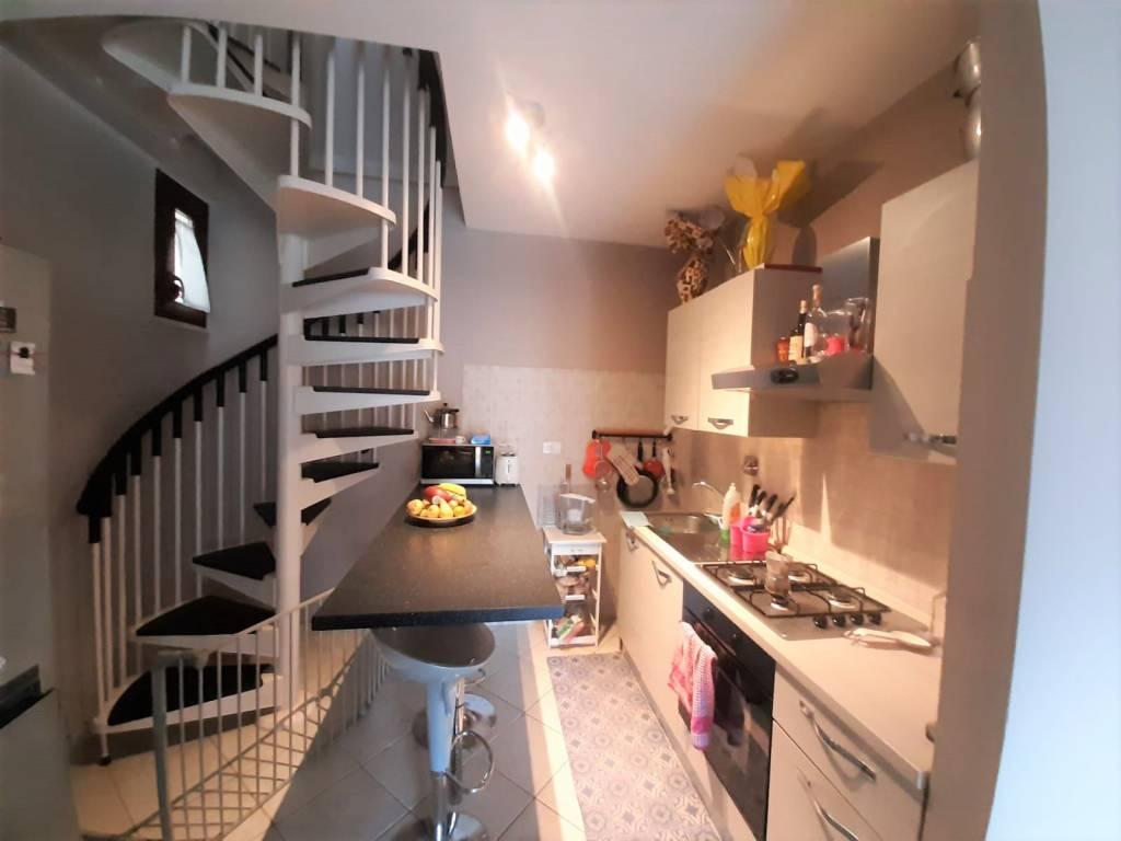 Appartamento in vendita a Riano, 4 locali, prezzo € 98.000 | CambioCasa.it