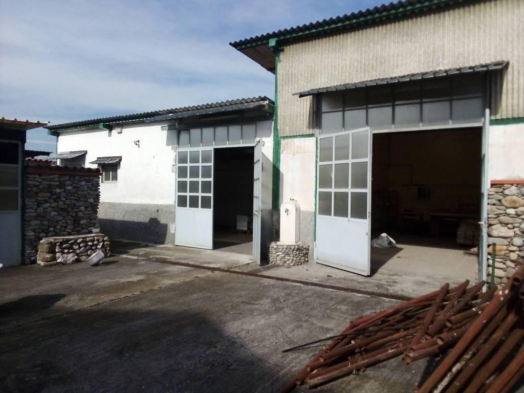 Magazzino in affitto a Castel Rozzone, 2 locali, prezzo € 800 | PortaleAgenzieImmobiliari.it
