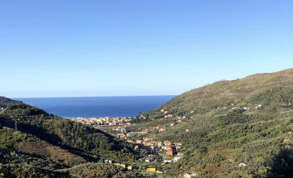 Villa in vendita a Levanto, 4 locali, prezzo € 199.000   PortaleAgenzieImmobiliari.it