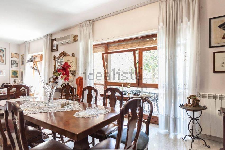 Appartamento in vendita a Roma, 5 locali, prezzo € 570.000 | CambioCasa.it