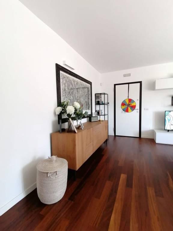 Attico / Mansarda in vendita a Lecce, 6 locali, prezzo € 200.000 | PortaleAgenzieImmobiliari.it