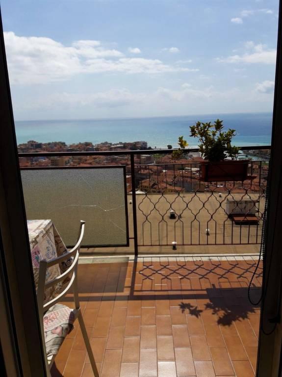 Attico / Mansarda in vendita a Ventimiglia, 2 locali, prezzo € 165.000 | PortaleAgenzieImmobiliari.it