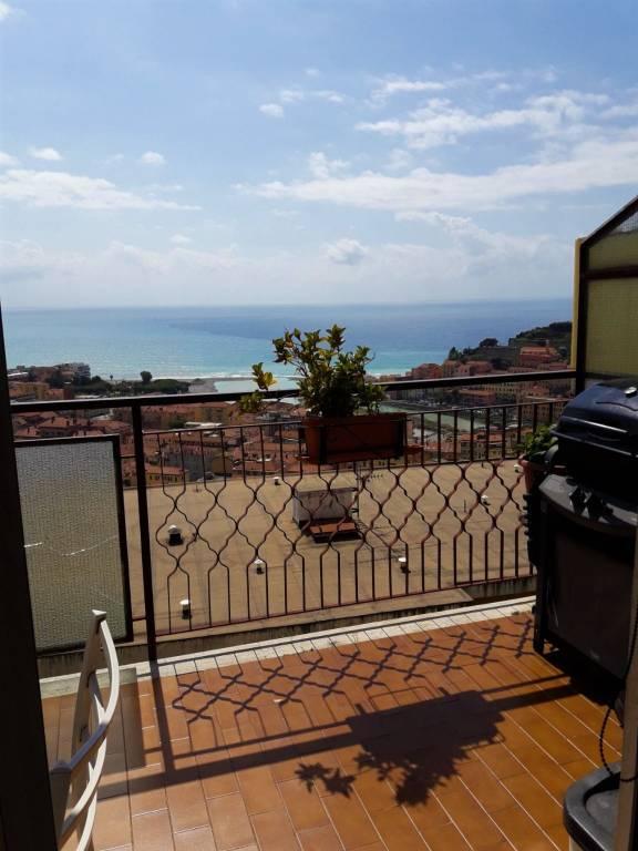 Attico / Mansarda in vendita a Ventimiglia, 4 locali, prezzo € 419.000 | PortaleAgenzieImmobiliari.it