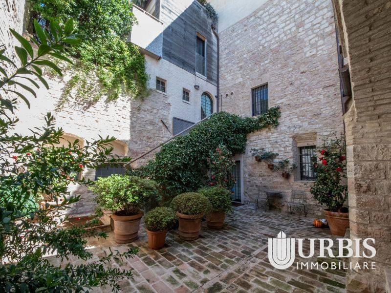 Appartamento in vendita a Assisi, 5 locali, Trattative riservate   PortaleAgenzieImmobiliari.it
