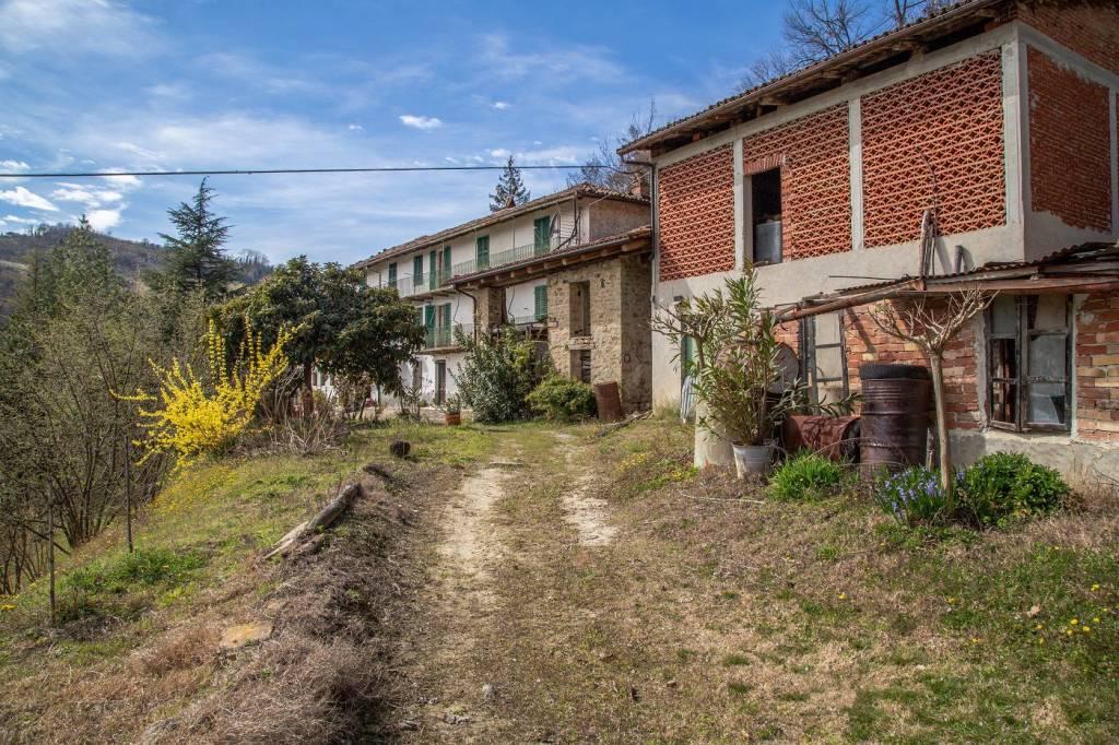 Rustico / Casale in vendita a Cossano Belbo, 10 locali, prezzo € 420.000 | PortaleAgenzieImmobiliari.it