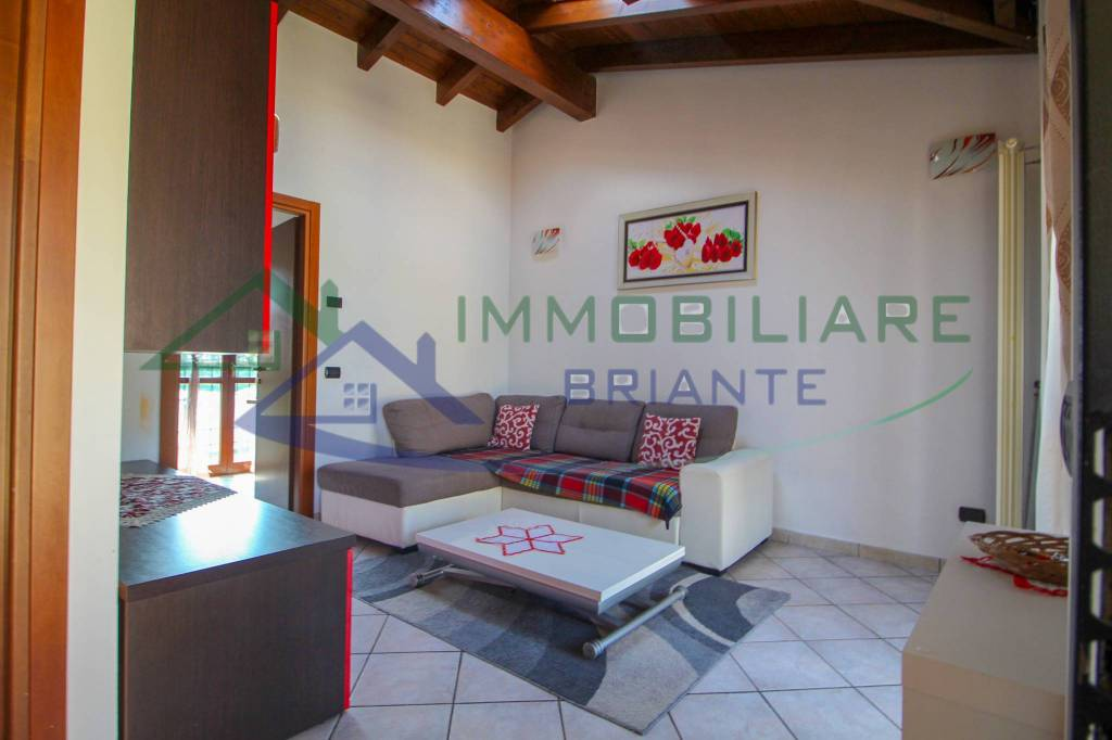 Appartamento in vendita a Somma Lombardo, 2 locali, prezzo € 79.000   CambioCasa.it