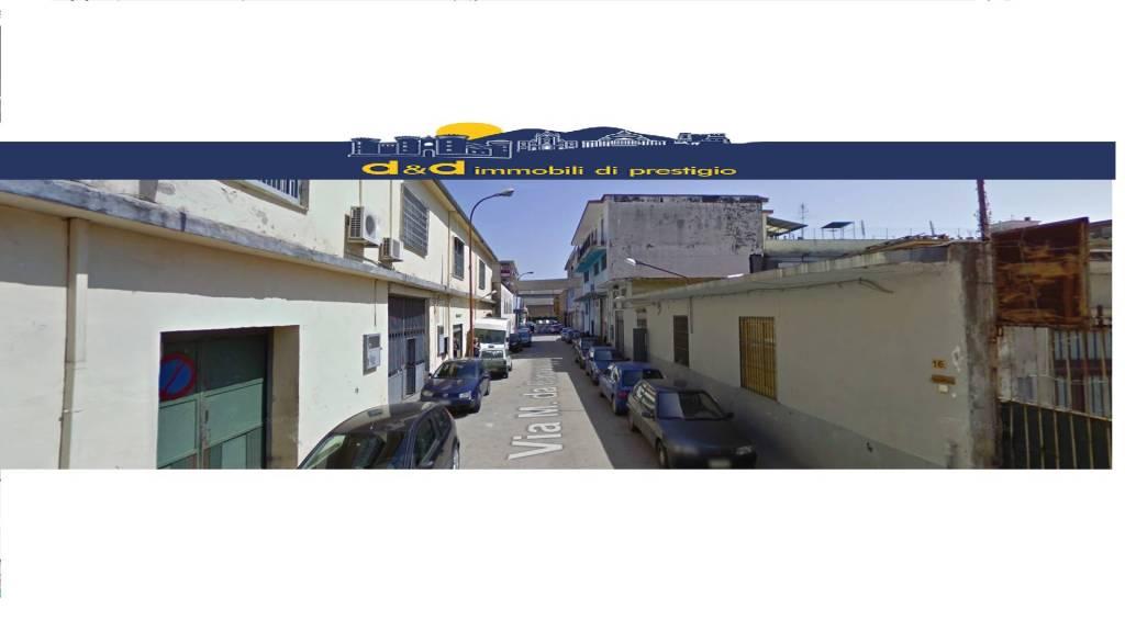 Negozio / Locale in vendita a Arzano, 6 locali, prezzo € 880.000   CambioCasa.it