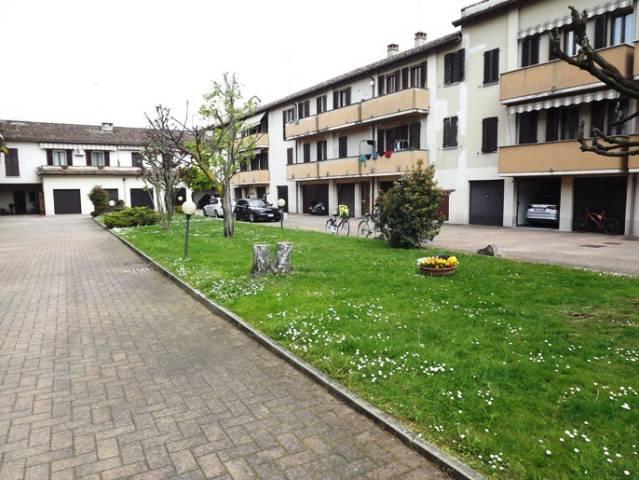 Appartamento in vendita a Casalbuttano ed Uniti, 3 locali, prezzo € 69.000 | CambioCasa.it