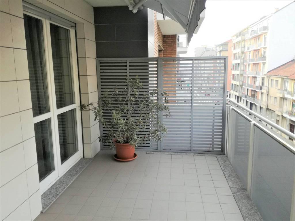 Appartamento in vendita a Torino, 4 locali, zona Santa Rita, prezzo € 315.000 | PortaleAgenzieImmobiliari.it