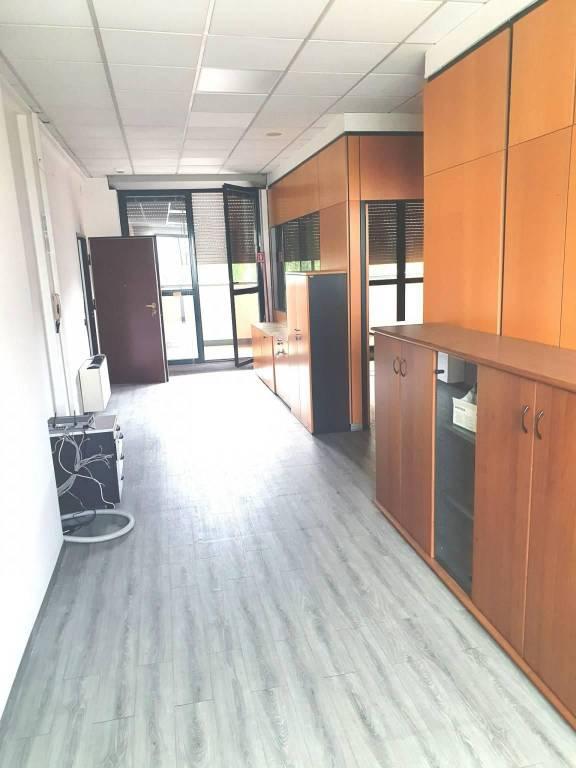 Ufficio / Studio in affitto a Settimo Milanese, 6 locali, prezzo € 1.500 | PortaleAgenzieImmobiliari.it