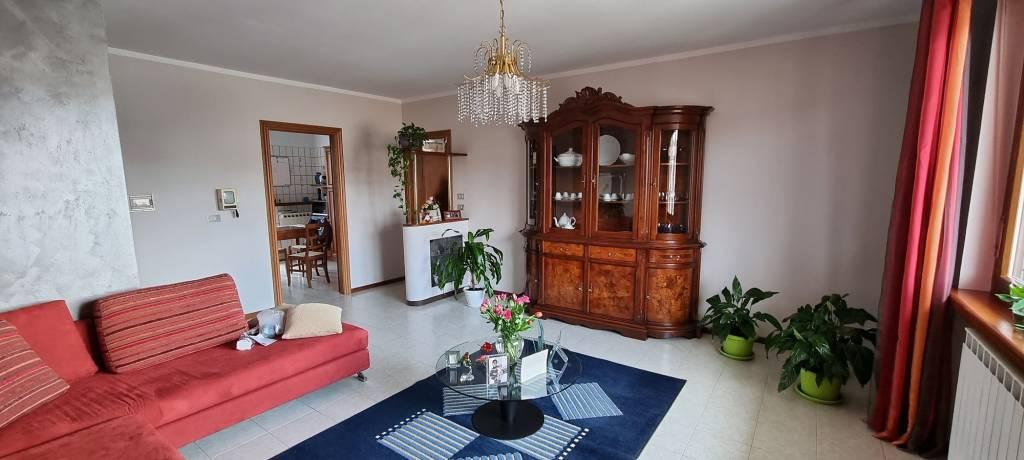 Appartamento in vendita a Cuneo, 4 locali, prezzo € 170.000 | PortaleAgenzieImmobiliari.it