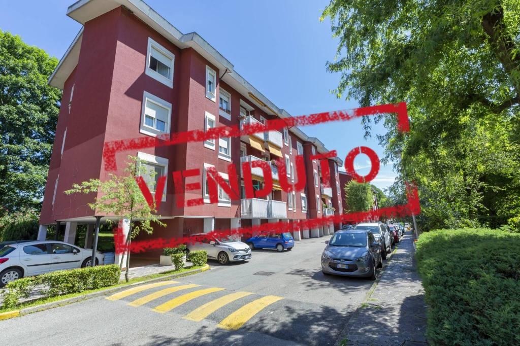Appartamento in vendita a Arese, 4 locali, prezzo € 199.000   CambioCasa.it