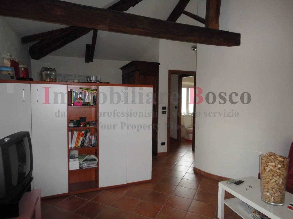 Appartamento in affitto a Pinerolo, 2 locali, prezzo € 350 | PortaleAgenzieImmobiliari.it