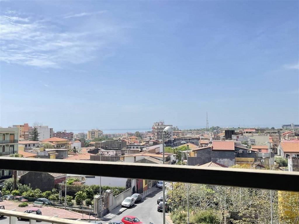 Appartamento in Vendita a Gravina Di Catania Centro: 2 locali, 90 mq