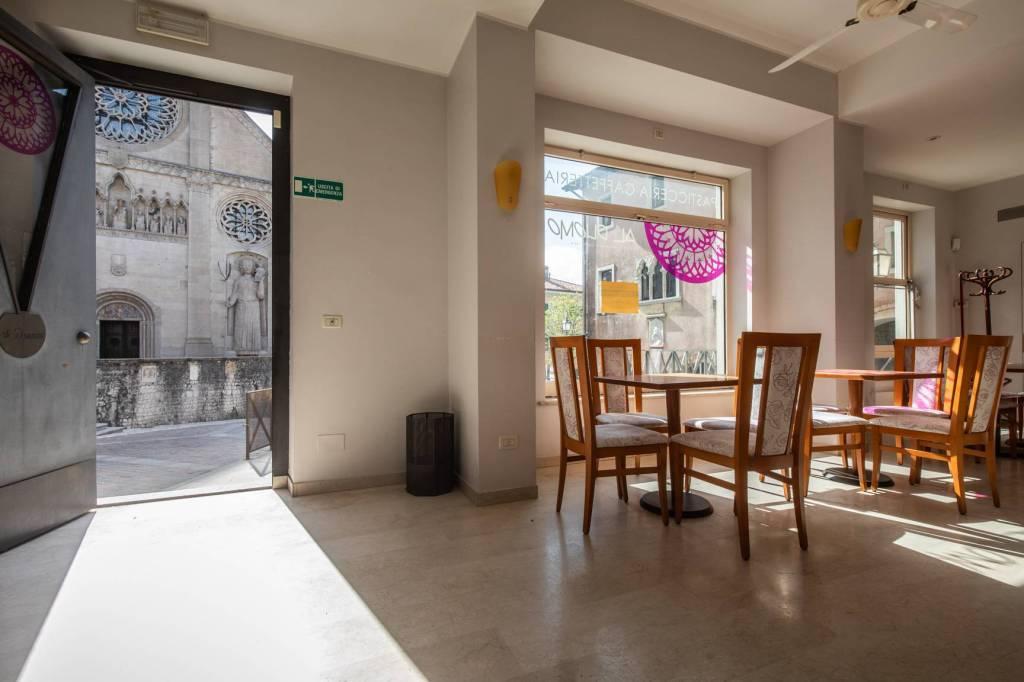 Gemona v.Bini locale commerciale Bar Ristorante Al Duomo Rif. 9258109
