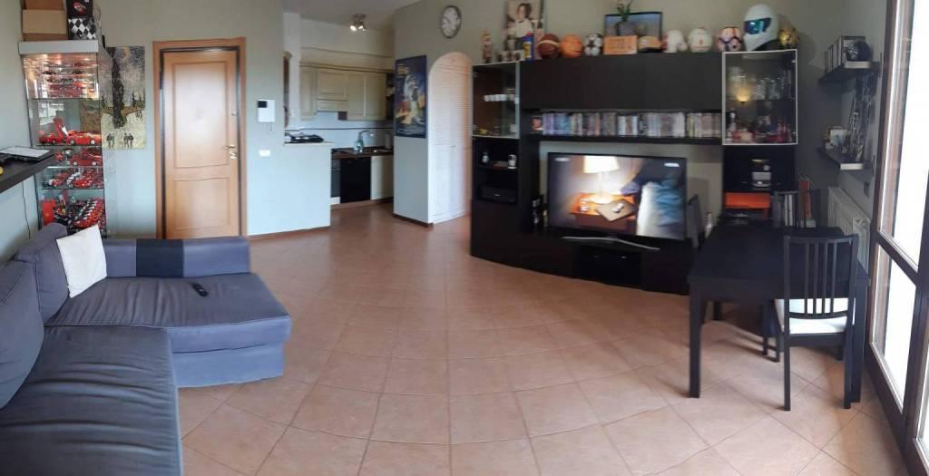 Appartamento in vendita a Roma, 2 locali, zona Zona: 22 . Eur - Torrino - Spinaceto, prezzo € 290.000   CambioCasa.it
