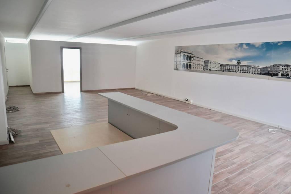 Ufficio / Studio in affitto a Trieste, 1 locali, prezzo € 1.000   CambioCasa.it