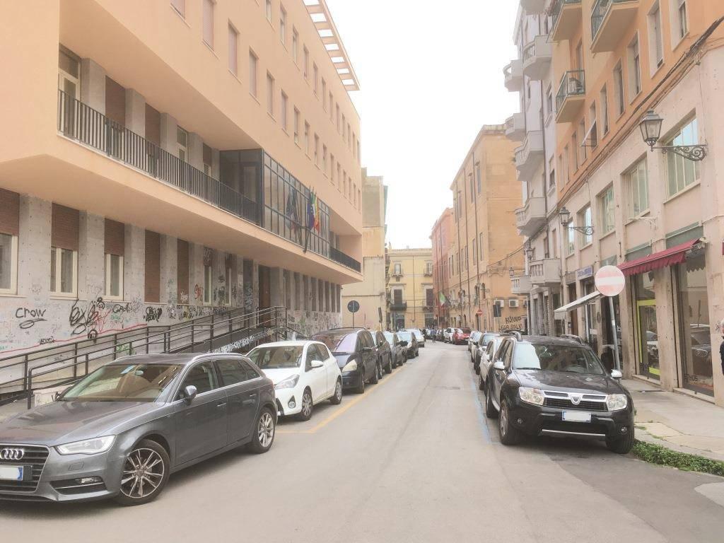 Ufficio-studio in Affitto a Palermo Centro: 2 locali, 40 mq
