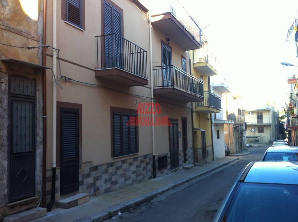 Appartamento in vendita a Villabate, 3 locali, prezzo € 85.000 | CambioCasa.it