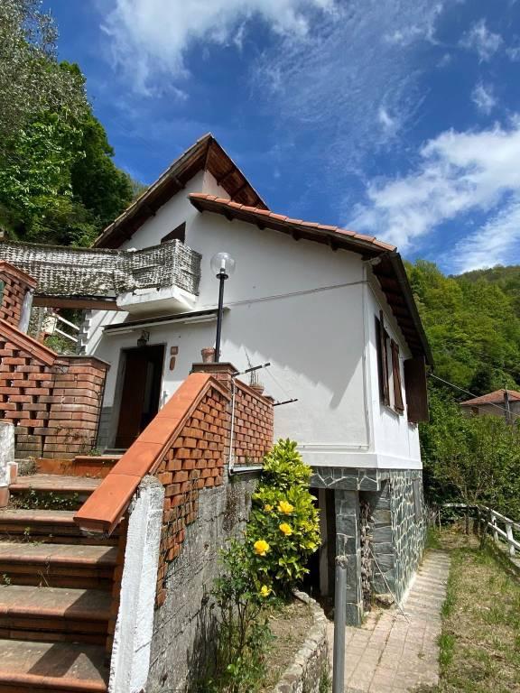 Soluzione Indipendente in vendita a Bargagli, 3 locali, prezzo € 58.000 | PortaleAgenzieImmobiliari.it
