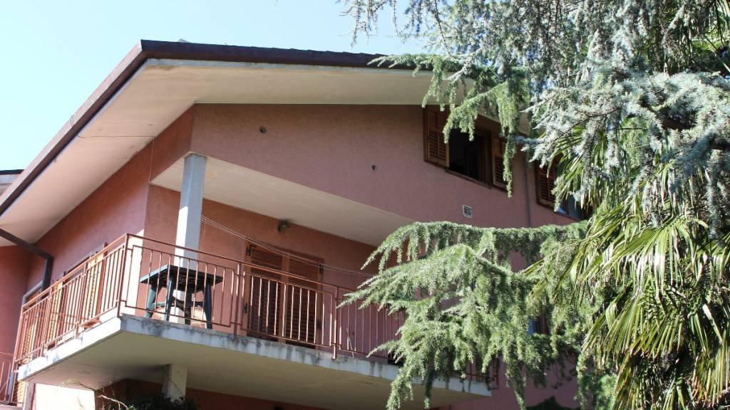 Attico / Mansarda in vendita a Duino-Aurisina, 2 locali, prezzo € 109.000   CambioCasa.it