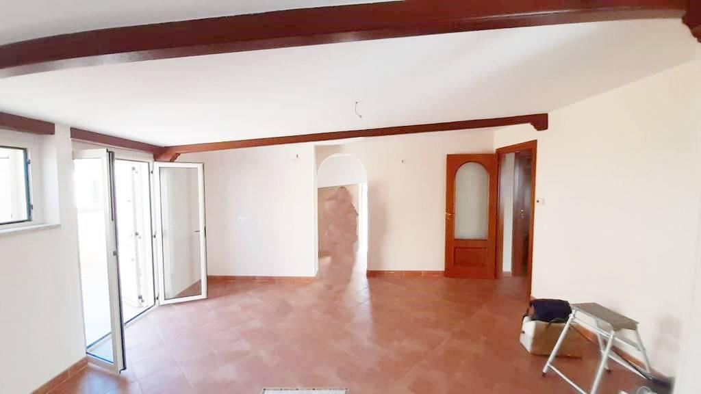 Attico / Mansarda in vendita a Crotone, 3 locali, prezzo € 110.000 | PortaleAgenzieImmobiliari.it