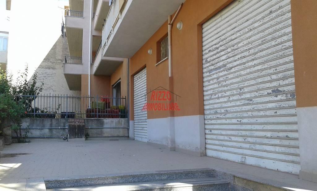 Magazzino in affitto a Villabate, 9999 locali, prezzo € 350   CambioCasa.it