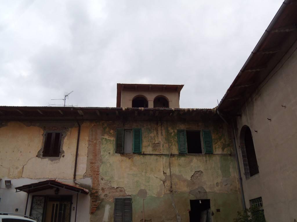 Rustico / Casale in Vendita a Agliana