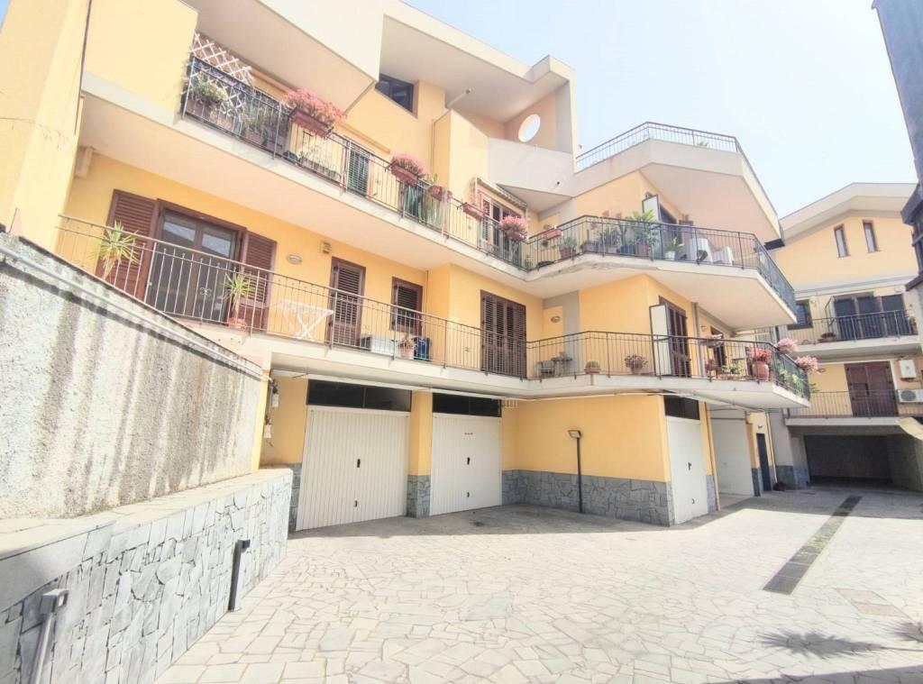 Appartamento in Vendita a Aci Bonaccorsi Centro: 4 locali, 95 mq