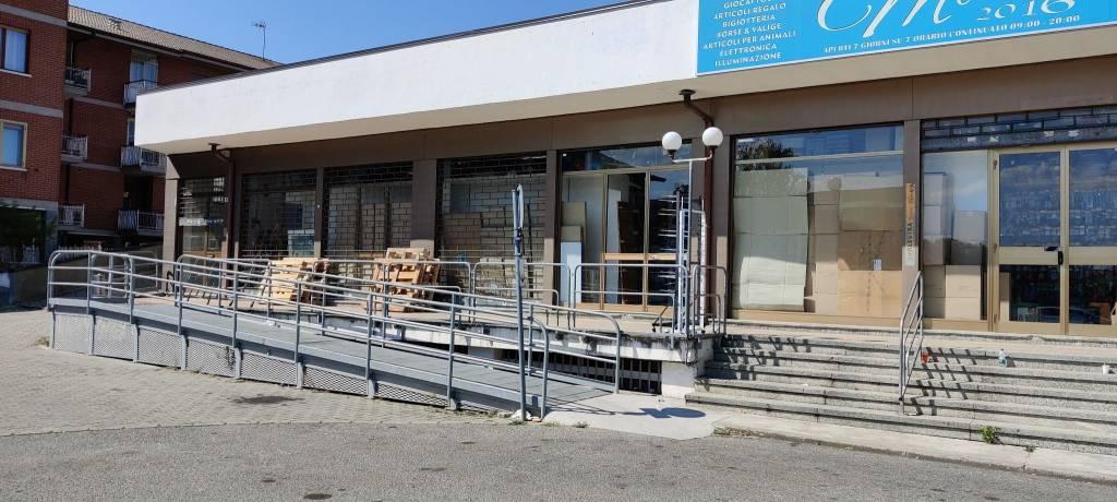 Negozio / Locale in vendita a Leini, 1 locali, prezzo € 230.000 | PortaleAgenzieImmobiliari.it