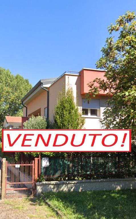 Appartamento in vendita a Arese, 3 locali, prezzo € 245.000   PortaleAgenzieImmobiliari.it
