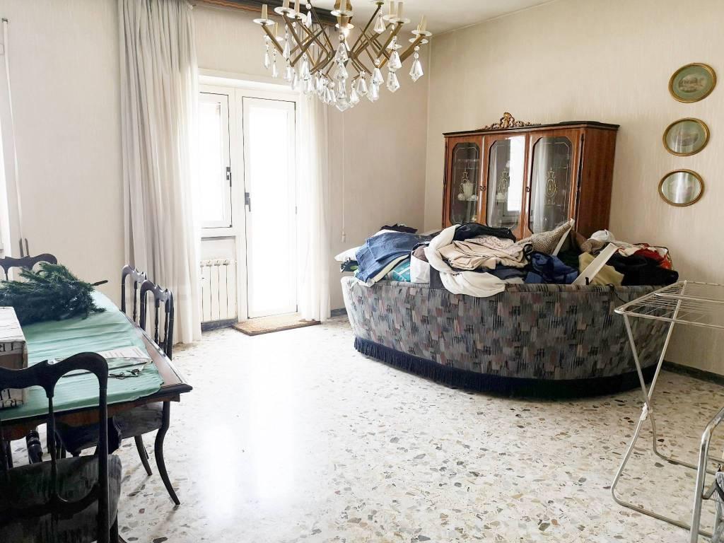Appartamento in vendita a Roma, 4 locali, zona Zona: 11 . Centocelle, Alessandrino, Collatino, Prenestina, Villa Giordani, prezzo € 310.000 | CambioCasa.it