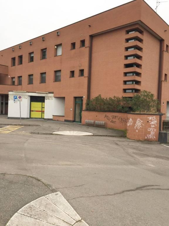 Negozio / Locale in vendita a Gessate, 1 locali, prezzo € 850.000 | PortaleAgenzieImmobiliari.it