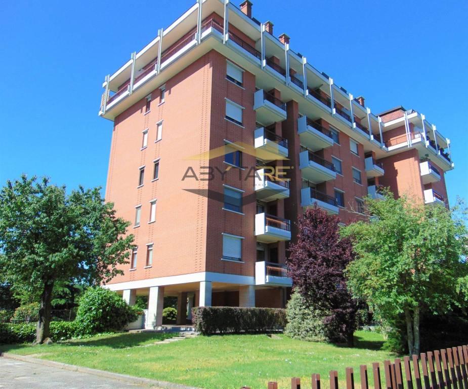 Appartamento in vendita a Beinasco, 3 locali, prezzo € 125.000   CambioCasa.it
