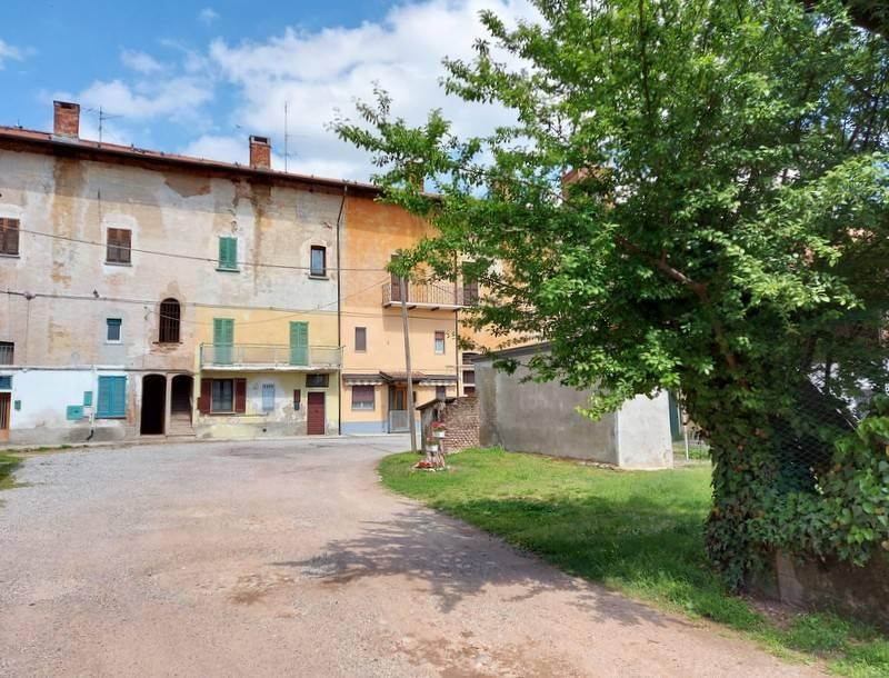 Casa Indipendente da ristrutturare in vendita Rif. 9159076