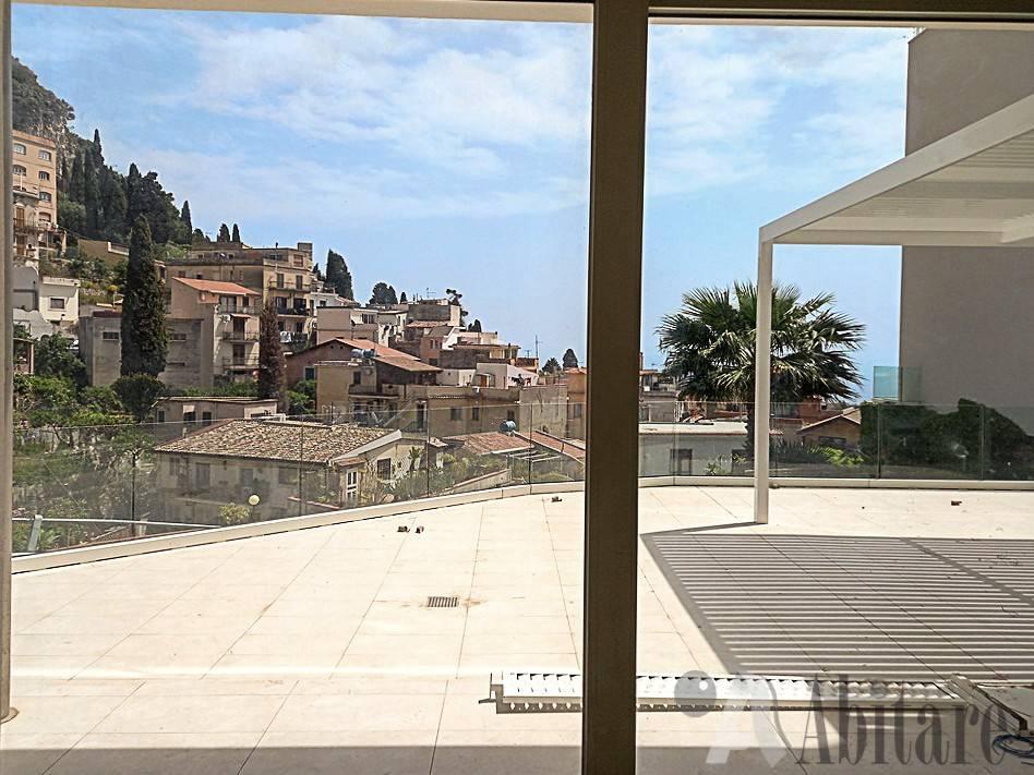 Appartamento in vendita a Taormina, 3 locali, prezzo € 500.000   PortaleAgenzieImmobiliari.it