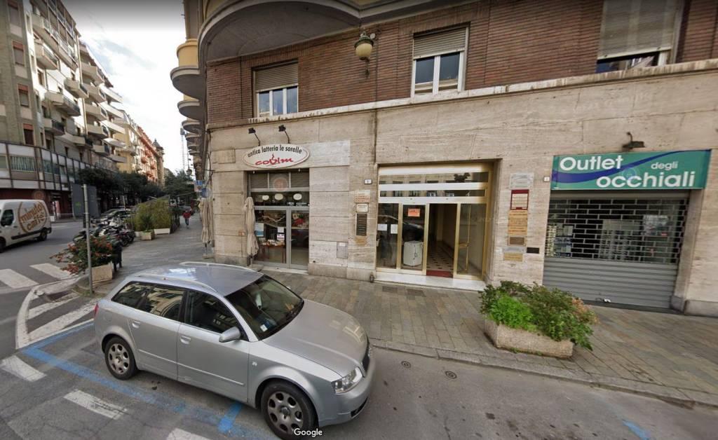Ufficio / Studio in affitto a Savona, 6 locali, Trattative riservate | CambioCasa.it