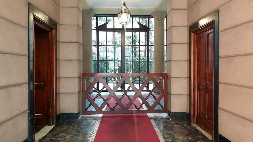 Appartamento in vendita a Milano, 4 locali, prezzo € 900.000   CambioCasa.it