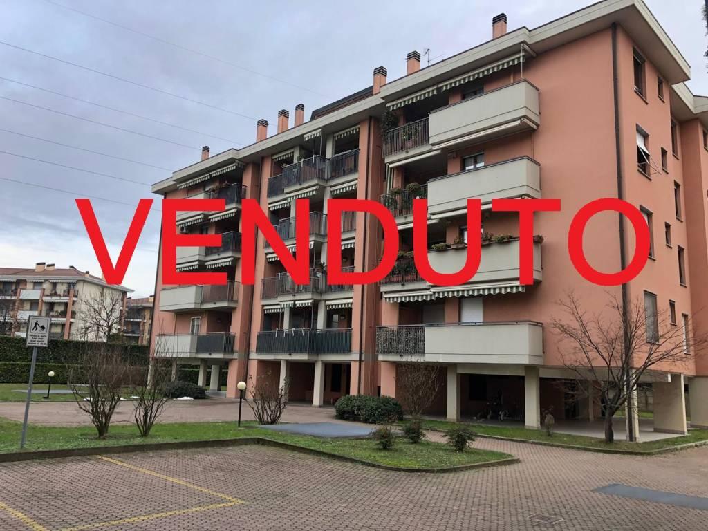 Appartamento in vendita a Cernusco sul Naviglio, 3 locali, prezzo € 250.000   CambioCasa.it