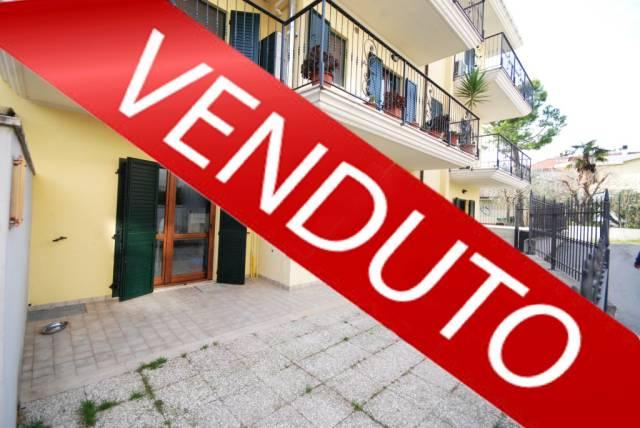 Appartamento in ottime condizioni in vendita Rif. 4227931