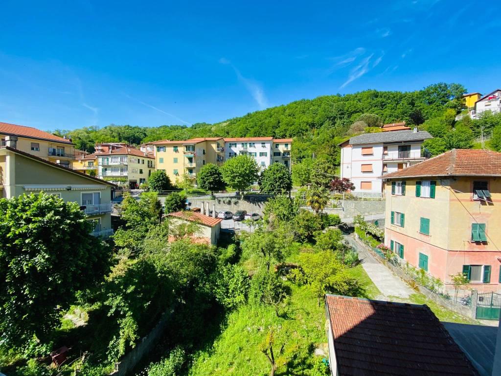 Appartamento in affitto a Campomorone, 3 locali, prezzo € 400 | CambioCasa.it