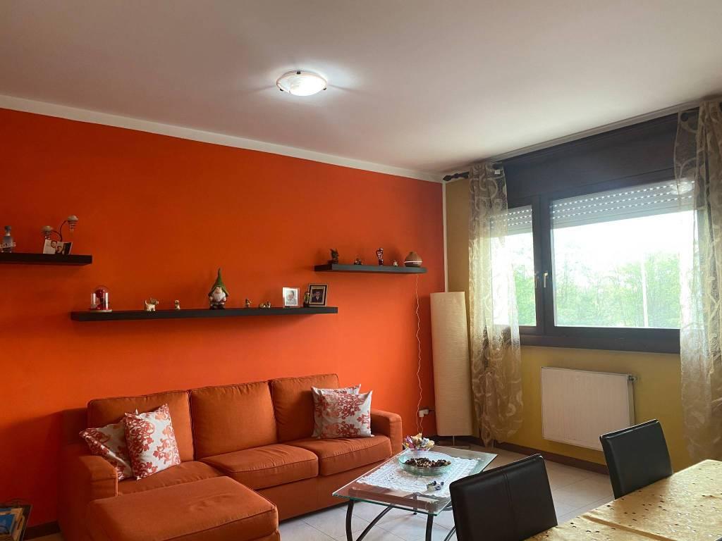 Appartamento in vendita a Venaria Reale, 4 locali, prezzo € 165.000 | CambioCasa.it