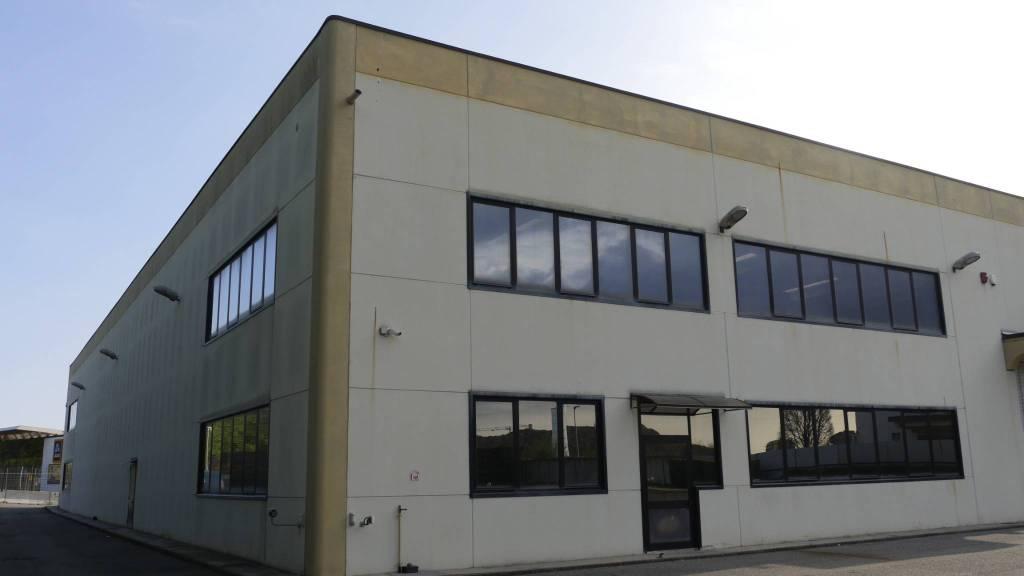 Capannone in vendita a Collegno, 9999 locali, Trattative riservate | PortaleAgenzieImmobiliari.it