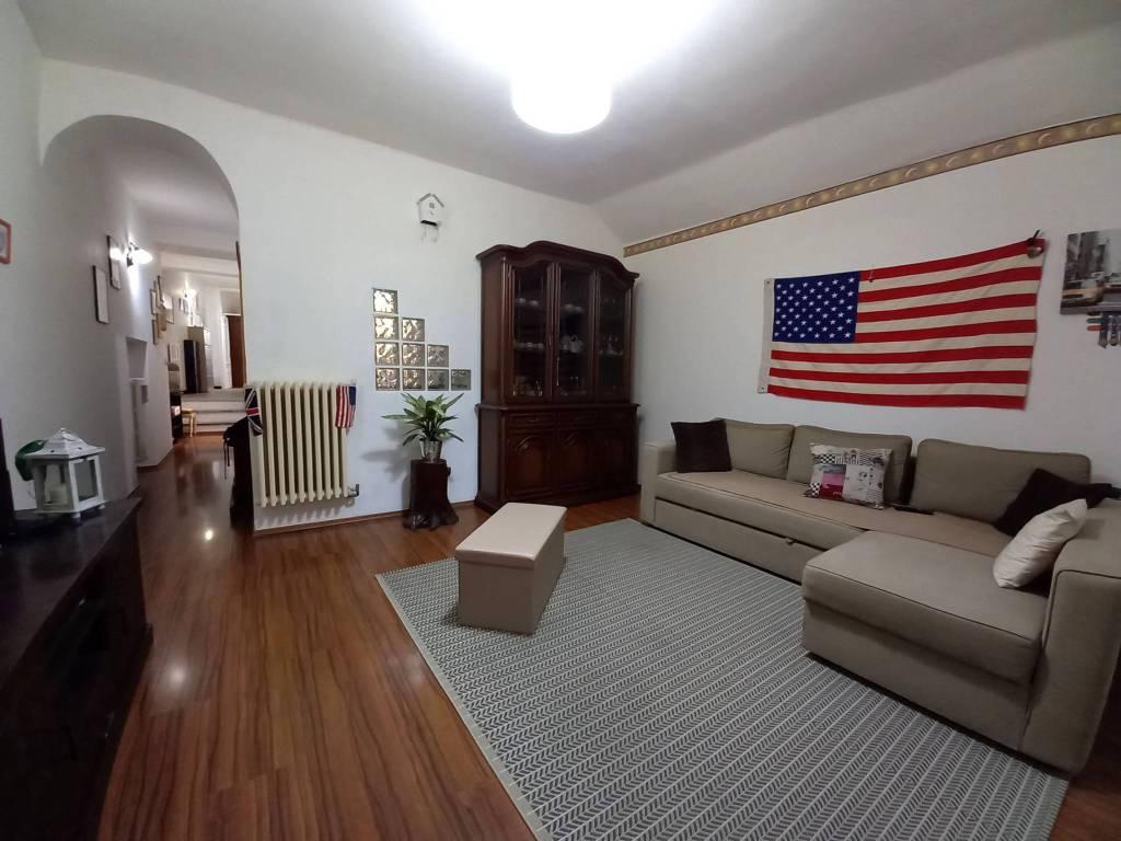 Appartamento in vendita a Pieve di Teco, 5 locali, prezzo € 119.000 | PortaleAgenzieImmobiliari.it